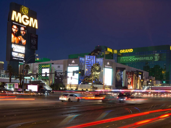 MGM looking to sell another Las Vegas Strip hotel property