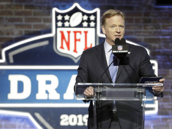 NFL Draft would close Las Vegas Strip for 3 days, source says