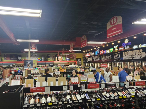 Lee's Discount Liquor stores close Sunday afternoon