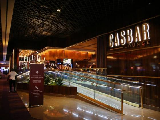 Sahara Las Vegas temporarily dumps its resort fee