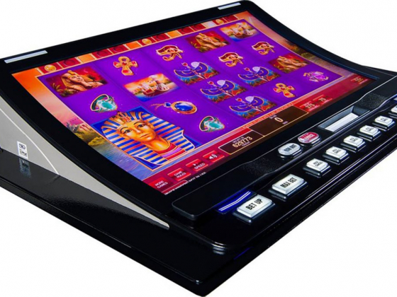 IGT's new bartop slot-machine cabinet uses cashless wagering