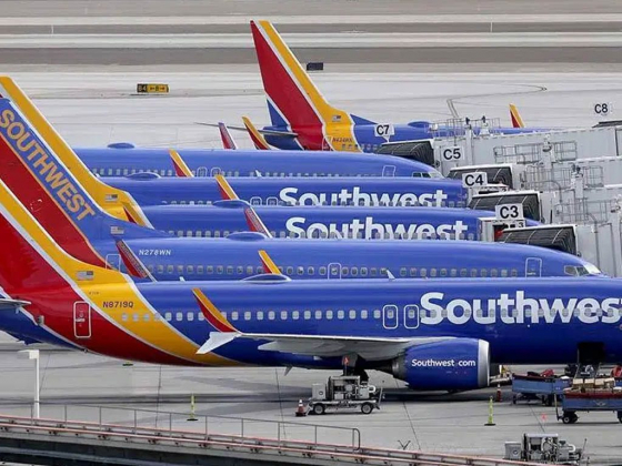 Southwest to add flights to Miami, Palm Springs this year