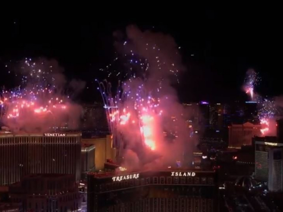 Watch the Las Vegas New Year's Eve Fireworks - VIDEO